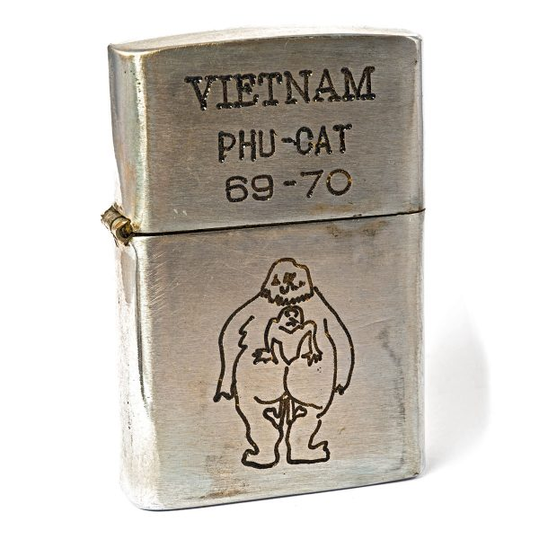 Briquets Zippo Vietnam
